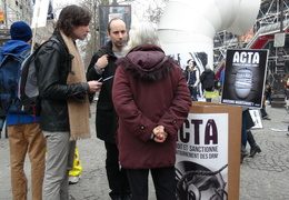 Manifestation_anti_ACTA_Paris_10_mars_2012_07
