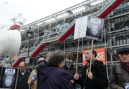 Manifestation_anti_ACTA_Paris_10_mars_2012_08