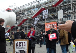 Manifestation_anti_ACTA_Paris_10_mars_2012_09