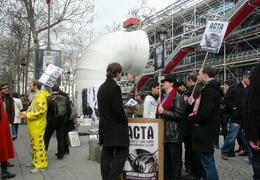 Manifestation_anti_ACTA_Paris_10_mars_2012_13