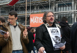 Manifestation_anti_ACTA_Paris_10_mars_2012_15